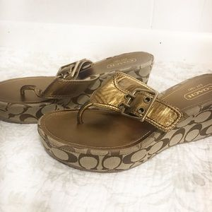 Coach Sherri wedge thong sandals gold w buckle